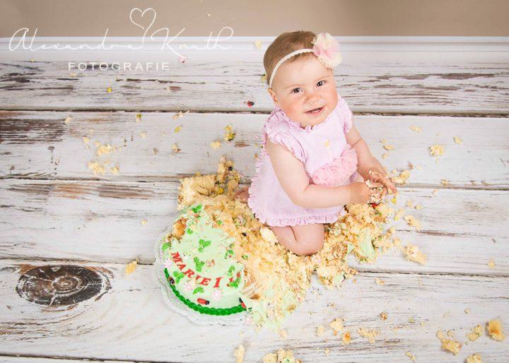 Smash the Cake, Marie! Tortenshooting zum 1. Geburtstag