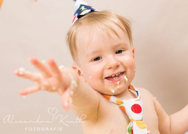 Smash the Cake, Maximilian! Tortenshooting zum 1. Geburtstag