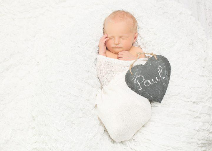Willkommen im Leben, Paul! Neugeborenenfotos