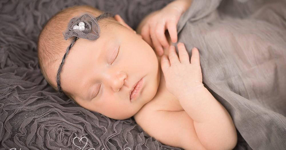 Willkommen im Leben, Kiara! Neugeborenenfotos